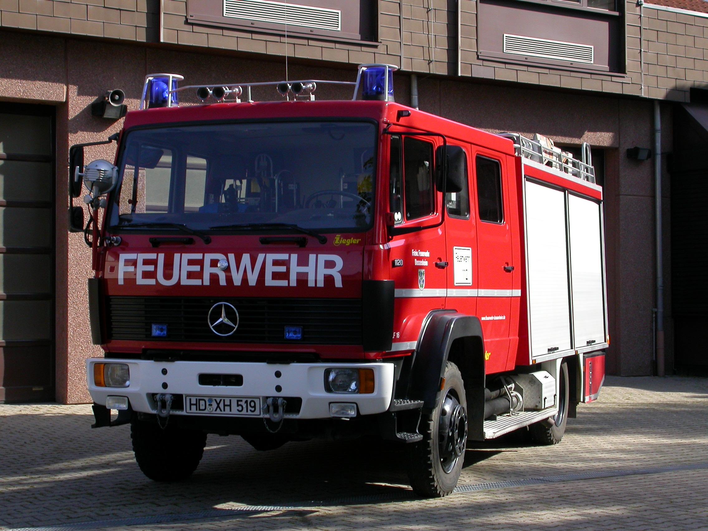 Tanklöschfahrzeug TLF 16/25 (Dhm 23)
